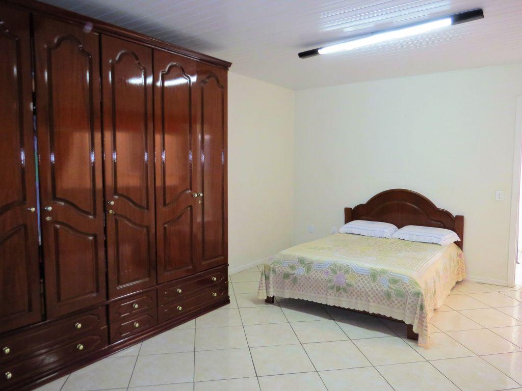 Aluguel - Casa - Sobrado - PR - Ponta Grossa - Uvaranas - Rua Oliveira Lima - Madol Imóveis - 101298-5