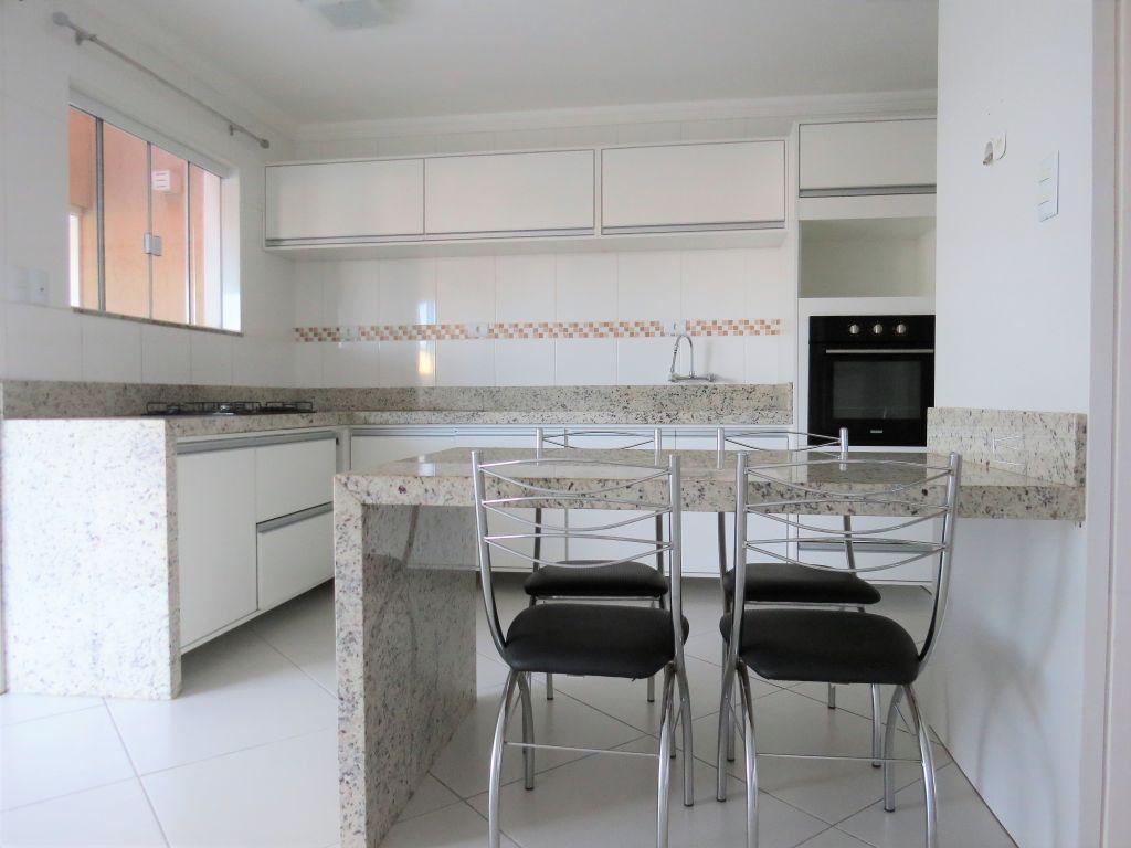 Venda - Casa - Casa em Condomínio - PR - Ponta Grossa - Jardim Carvalho - Rua Luiz Nadal Motti - Madol Imóveis - 103428-4