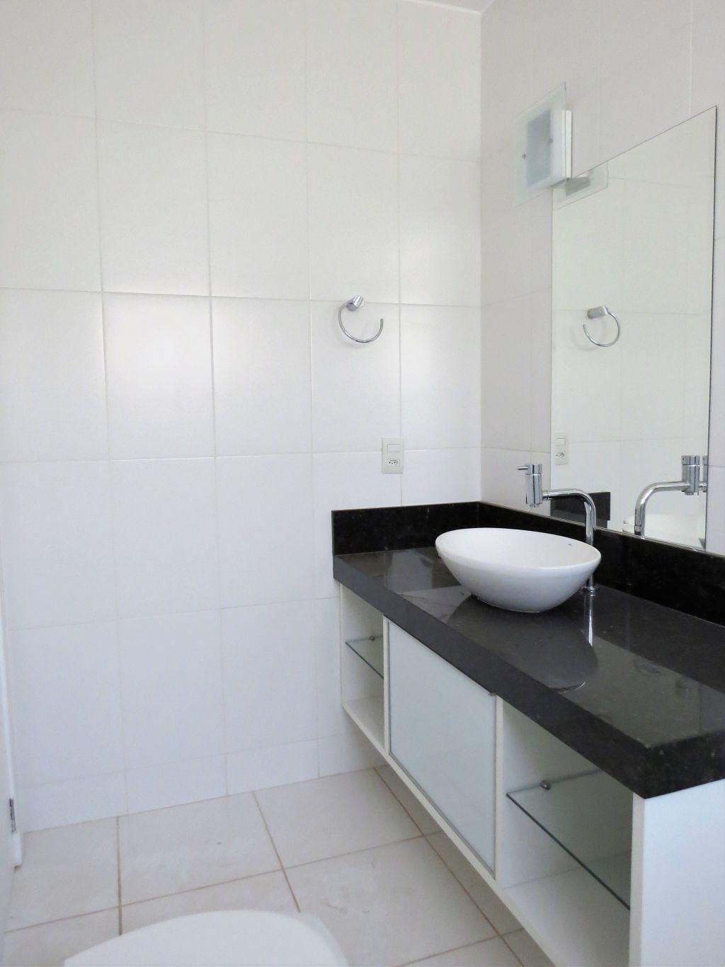 Venda - Casa - Casa em Condomínio - PR - Ponta Grossa - Oficinas - Rua Doutor Leopoldo Guimarães da Cunha - Madol Imóveis - 108443-4