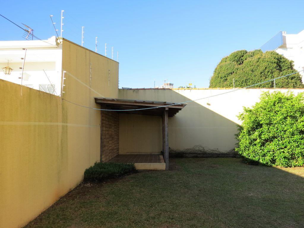 Venda - Casa - Casa - PR - Ponta Grossa - Oficinas - Rua Vidal de Negreiros - Madol Imóveis - 110863-4