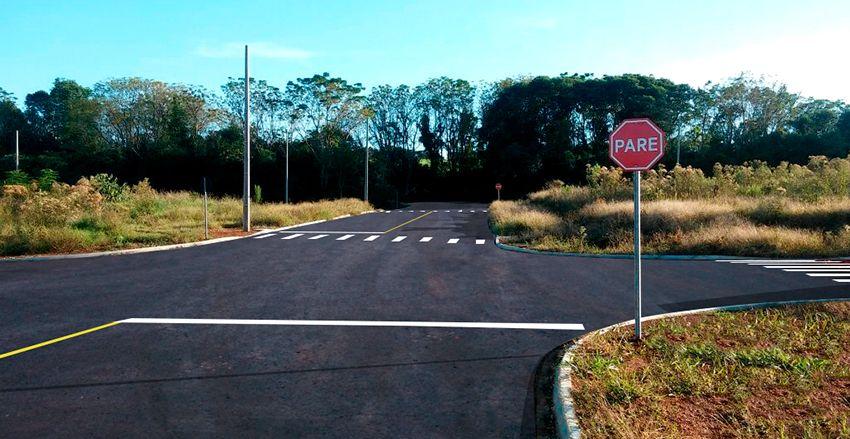 Venda - Terreno - Loteamento / Condomínio - PR - Ponta Grossa - Cará-cará - Rua Edilson de Araujo - Madol Imóveis - 111012-4