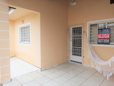 Aluguel - Casa - Casa em Condomínio - PR - Ponta Grossa - Uvaranas - Rua Afonso Celso - Madol Imóveis - 117988-5
