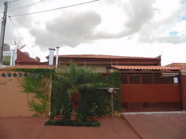 Casa Oficinas Ponta Grossa 126702-4