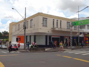 Sala Comercial em Ponta Grossa, Aluguel - Ref. 129728-5