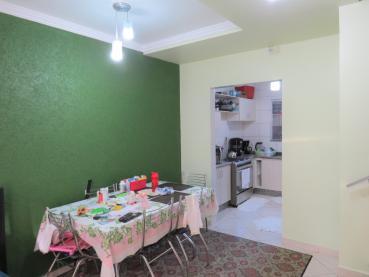 Venda - Casa - Sobrado - PR - Ponta Grossa - Uvaranas - Rua Afonso Celso - Madol Imóveis - 104287-4